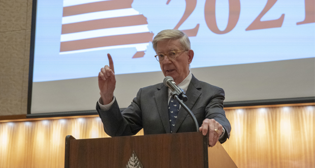 """In a speech before members of the Bar Association of Metropolitan St. Louis during the 2021 BAMSL Law Day, political commentator George Will gives a speech calls on the judiciary to push the government to protect existing freedoms defined in the Bill of Rights and limit government. """"Congress shall make no law — I wish they would just stop there,"""" Will said. Photo courtesy of Joseph Allen/BAMSL"""